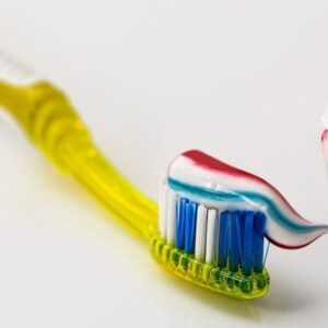 Does toothpaste help cold sores.